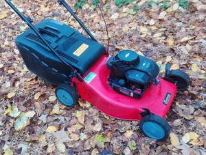 Briggs And Stratton Mower : Qualcast xsz bsd cm petrol self propelled posot class