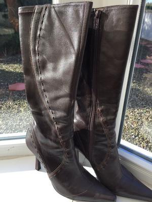 knee high boots de posot class