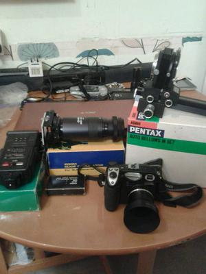 Nikon camera with accessories