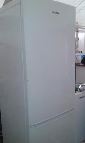 **JAY'S APPLIANCES**SAMSUNG**MULTI-AIR FLOW**FRIDGE FREEZER**A RATED**FROST FREE**SAMSUNG**
