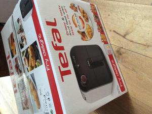TEFAL Fry Delight Air Fryer brand New unwanted gift