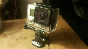 GoPro Hero 3 Action Cam ex con 3 batteries loads of accessories