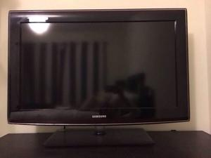 "32"" Samsung full HD Xhdmi, USB, freeview - Collection Derby"