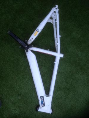 Saracen jump bike frame