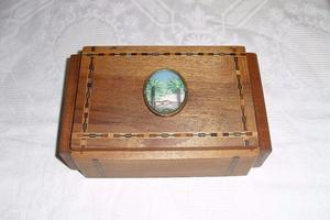 Vintage Inlaid Italian Trinket Jewellery Box Sorrento Ware 's Palm Emblem