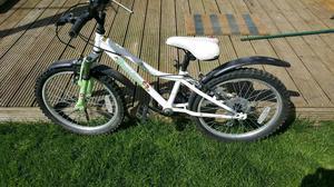 Girls Halfords bike Apollo moonstone