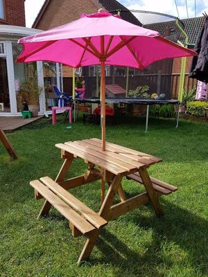 kids picnic bench and parasol good condition suitable for under 7 39 s