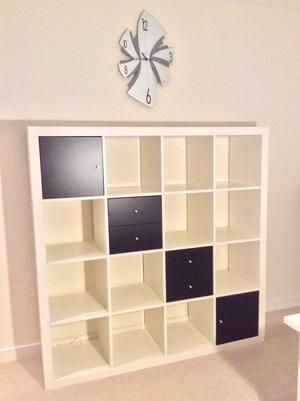 ikea kallax glass doors amp shelves posot class. Black Bedroom Furniture Sets. Home Design Ideas