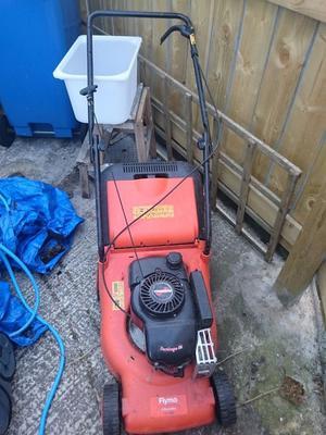 Lawnmower Petrol - Flymo Electrolux 400