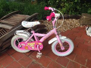 12 inch girls bike with stabilisers