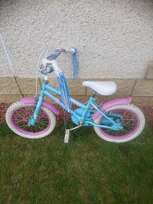 Girls bike age 5-7 years