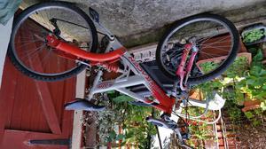 Team Saracen bicycle 26inch