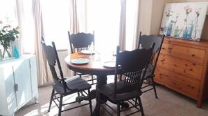 Round Table and Four Chairs in Graphite Chalk Paint