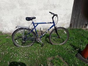 GT hybrid bicycle
