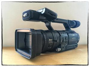 Sony HVR-Z1E Video Camer and Accessories for Sale (Never