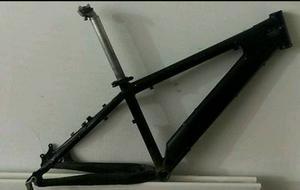 Saracen xile frame only