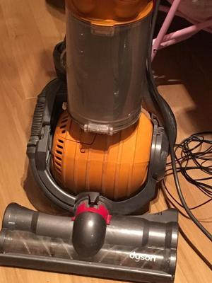 Dyson vaccum cleaner