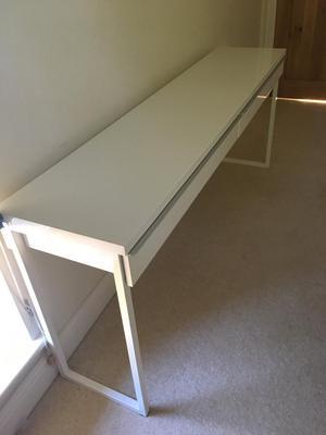 ikea besta burs desk 180 x 40cm high gloss white posot class. Black Bedroom Furniture Sets. Home Design Ideas