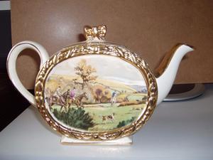 Sadler pottery collectible teapot sugar pot and milk jug