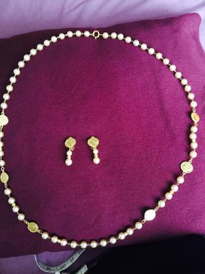Glass faux pearls with gold plated clasps and fittings necklace set by PAST TIMES,