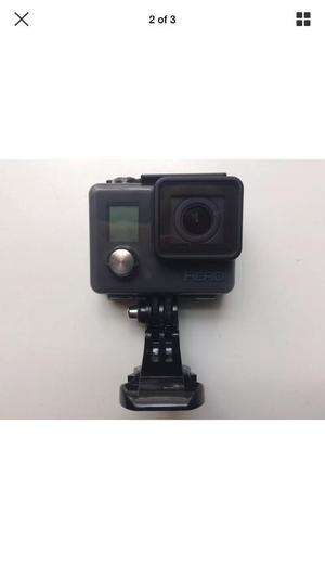 Go Pro Hero Action Camera Bundle. (Go Pro Handler, Selfie Stick, Mounts & Straps & 32gb micro sd)