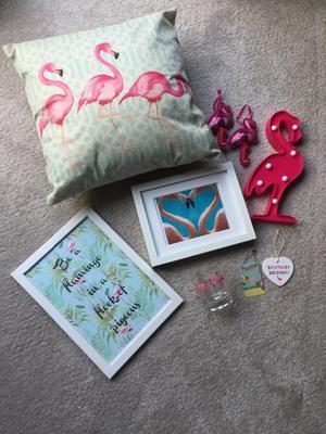 Flamingo themed decorative accessories bundle
