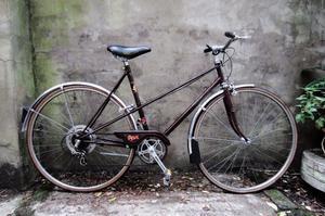 RALEIGH MISTY. 21 inch, 54 cm. Vintage ladies womens dutch style mixte frame road bike, 5 speed