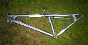 Saracen Instinct 2 jump bike MTB frame