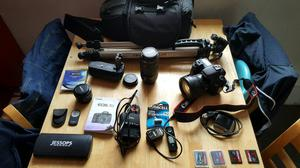 Canon eos 7d mk1 plus lots of accessories.