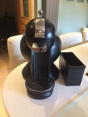Dolce Gusto Krups coffee machine £30- for sale