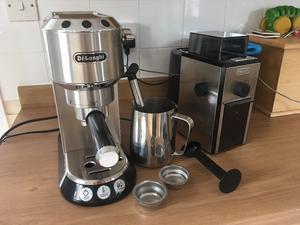 Delonghi Coffee Maker/Grinder Set : Delonghi caffe machine maker paisley Posot Class