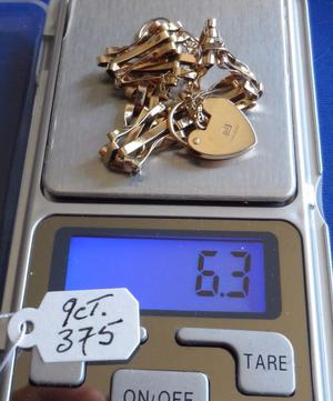 9ct Gold Bracelet. Vintage Triple Link Bracelet with Padlock. Safety Chain