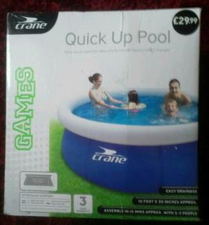 Quick update swimming pool. Inflatable pool
