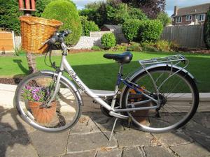 Ladies Raleigh Hybrid Alloy Frame Bicycle, c/w Basket