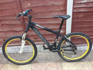 MENS 17 INCH SARACEN MAMTRA HARDTAIL SUSPENSION MOUNTAIN BIKE 21 SPEED SMETHWICK £100