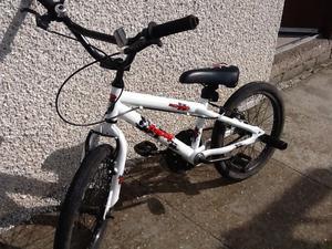 """Boys BMX Apollo bike 18"""" wheels"""