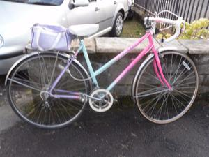 ***(womens road/race bike APOLLO CALYSPO SPORT 12 speed gears)***