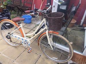 Vintage style ladies bike