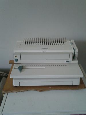 Electronic Comb Binding Machine