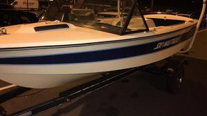 Ski Nautique  power boat with some accessories