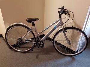 Apollo Excelle Womens Hybrid Bike