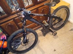 Saracen instinct one , dirt jump/downhill, Trials, M.T.B, Matt black