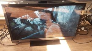 "Sony Bravia 40"" Full HD p 3D Internet Freeview HD LED TV £250"