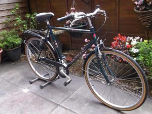 Universal Town Country Touring bike. Large 3 Speed