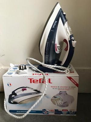 High performance Tefal Iron (FV Aquaspeed Steam Iron,  W) — RRP £60