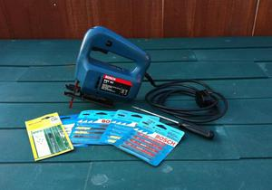 BOSCH PST 50 JIG SAW (VGC & GWO) including a selection of