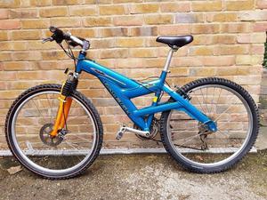 Nice bike Raleigh for sale, aluminium frame,front brake disc