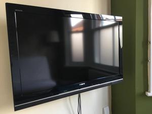 "Sony Bravia 40"" flat screen TV"
