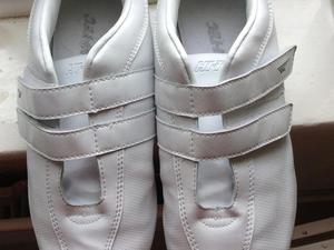 Brand new Hi Tec white trainers size 5