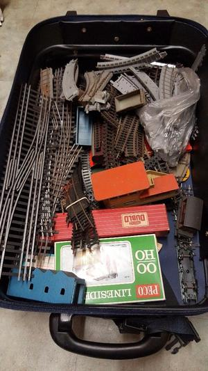 Collection of Hornby, Trix, track wagons and various other items